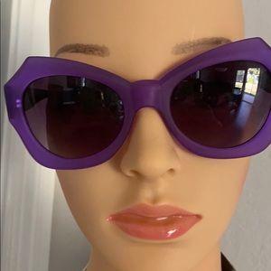 Quay Mia sunglasses